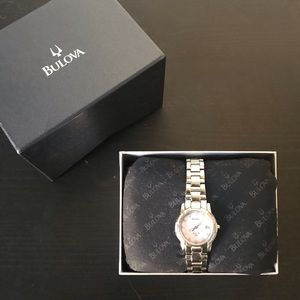 Ladies Bulova Watch SS Pink Mother of Pearl Dial